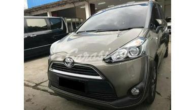 2017 Toyota Sienta V - Mobil Pilihan