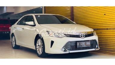 2015 Toyota Camry V - Nyaman Terawat
