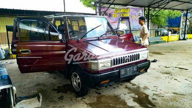 1993 Toyota Kijang Grand