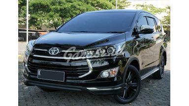 2019 Toyota Kijang Innova Venturer AT