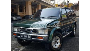 2001 Nissan Terrano Spirit - Istimewa