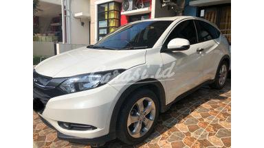 2016 Honda HR-V E CVT - JUAL CEPAT NEGO TIPIS