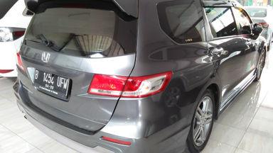 Harga Mobil Honda Odyssey 2010