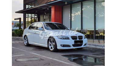 2012 BMW 320i 320i LCi - Istimewa Siap Pakai