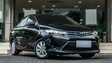 2013 Toyota Vios E - Mobil Pilihan (s-1)