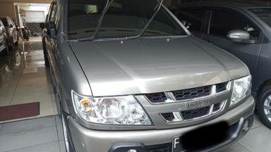 2013 Isuzu Panther LS - Siap Pakai