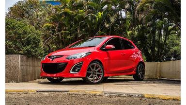 2013 Mazda 2 R - Mobil Pilihan
