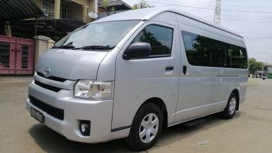 2018 Toyota Hiace commuter - Nyaman Terawat