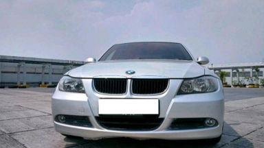 2008 BMW 3 Series 320i - istimewa