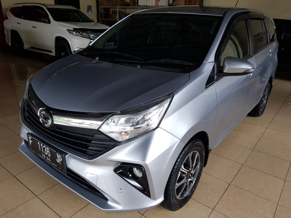 2019 Daihatsu Sigra New 1.2 R Deluxe At