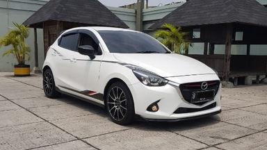 2016 Mazda 2 Skyactive R - UNIT TERAWAT, SIAP PAKAI