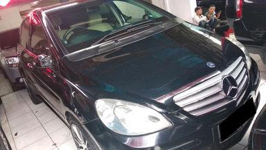 2012 Mercedes Benz B-Class B170 - mulus terawat, kondisi OK, Tangguh