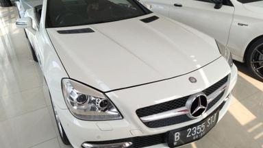 2011 Mercedes Benz Slk - Mewah berkualitas siap pakai