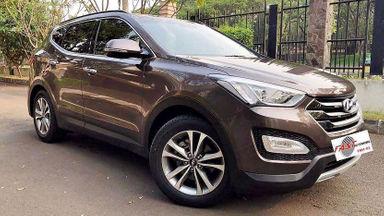 2015 Hyundai Santa Fe - SIAP PAKAI!