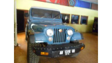 1985 Jeep CJ 7 - Terawat Siap Pakai