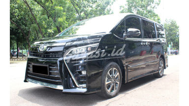 2018 Toyota Voxy at - Good Condition