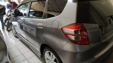 2014 Honda Jazz RS CVT - Istimewa Siap Pakai (s-5)