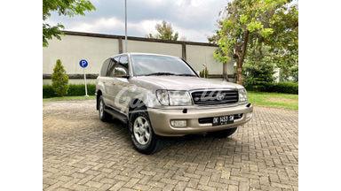 2001 Toyota Land Cruiser VX100 LIMITED