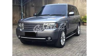 2011 Land Rover Range Rover Vogue V8 Supercharged - Chantiq Luar Dalem Istimewa Mulus