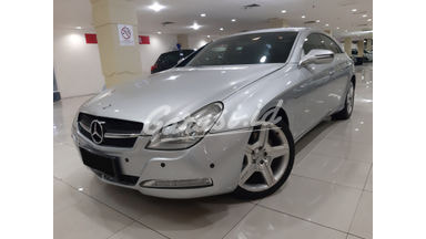 2003 Mercedes Benz CLS at - Bekas Berkualitas