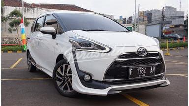 2017 Toyota Sienta Q
