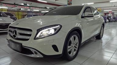 2014 Mercedes Benz GLA 200 Urban - Warna Favorit, Harga Terjangkau