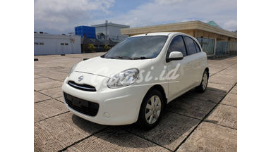 2011 Nissan March XS
