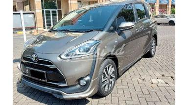 2017 Toyota Sienta Q - Cakep Mulus Siap Luar Kota Bisa Kredit