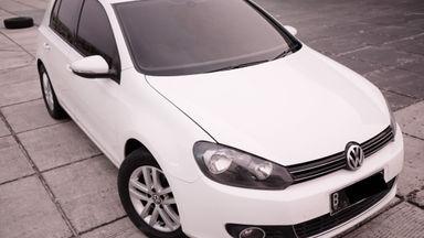 2011 Volkswagen Golf TSI MK - Like New Simulasi Kredit Tersedia
