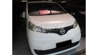 2013 Nissan Evalia xv - Barang Bagus Siap Pakai