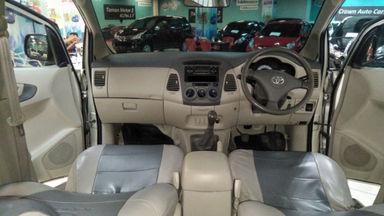 2011 Toyota Kijang Innova E+ - Barang Bagus Siap Pakai (s-7)