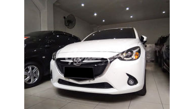 2014 Mazda 2 Skyactiv - Mobil Pilihan