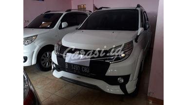 2016 Toyota Rush mt - Nyaman Terawat