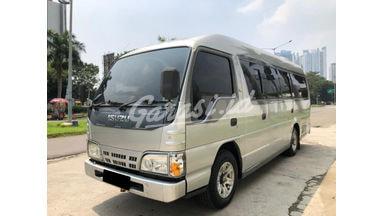 2013 Isuzu Elf Minibus NKR 55