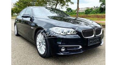 2014 BMW 5 Series F10 528i  LCI LUXURY - Istimewa Fitur Mobil Lengkap