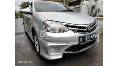 2015 Toyota Etios Valco TOMS - Mobil Pilihan