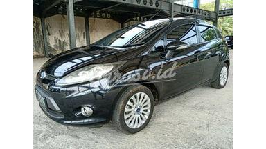 2013 Ford Fiesta Trend - Siap Pakai