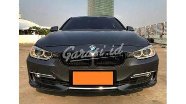 2012 BMW 335i Twin Turbo - Siap Pakai