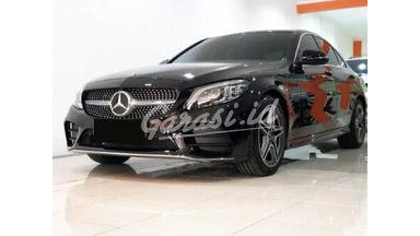 2019 Mercedes Benz C-Class 300 - Mobil Pilihan