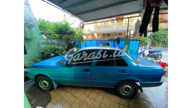 1997 Nissan Sunny B13