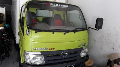 2012 Hino Dutro 110 SDL - Siap Pakai (s-2)