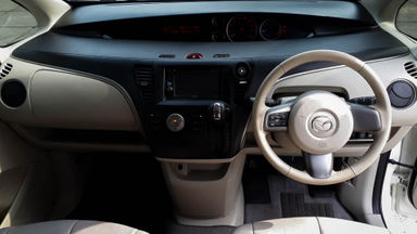 2015 Mazda Biante Limited Skyactiv 2.0 AT - Mobil Pilihan (s-4)