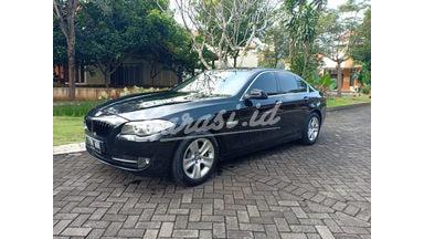 2012 BMW 5 Series 528i Luxury