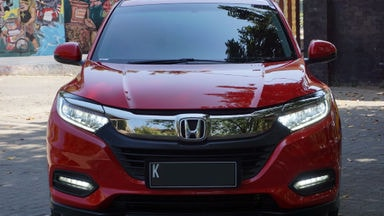 2018 Honda HR-V Special Edition - Automatic, KM 10rb, Nol Spet, Like New 99% (s-1)