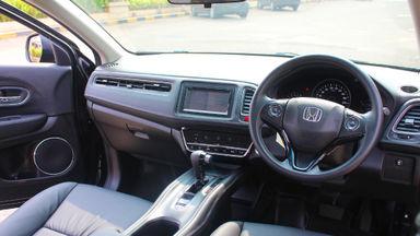 2017 Honda HR-V E cvt at - barang bagus, siap tukar tambah (s-7)