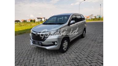 2017 Daihatsu Xenia R