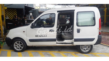 2015 Renault Megane blind van