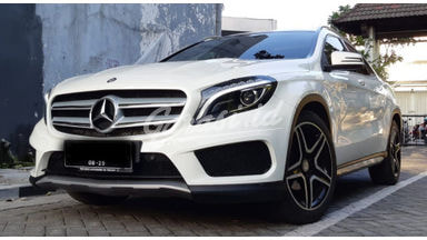 2015 Mercedes Benz GLA GLA 200 - Cash/ Kredit Bisa Nego