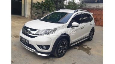 2016 Honda BR-V E prestige - Mobil Pilihan
