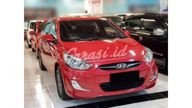 2013 Hyundai Avega GL - Mobil Pilihan